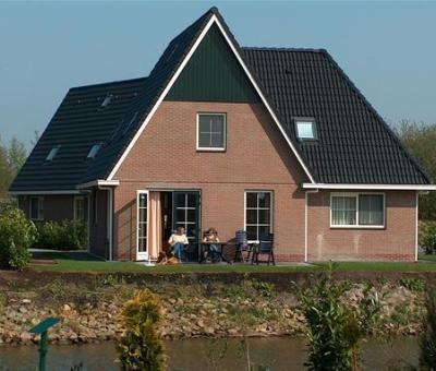 Vakantiewoningen huren in Makkum, IJsselmeer, Friesland, Nederland | vakantiehuis voor 12 personen
