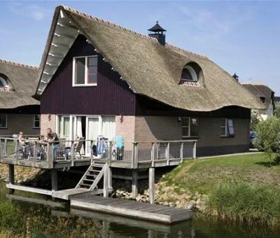 Vakantiewoningen huren in Makkum, IJsselmeer, Friesland, Nederland | vakantiehuis voor 6-8 personen