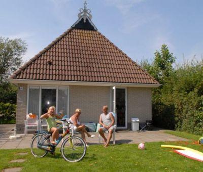 Vakantiewoningen huren in Eernewoude, Friesland, Nederland | bungalow voor 8 personen