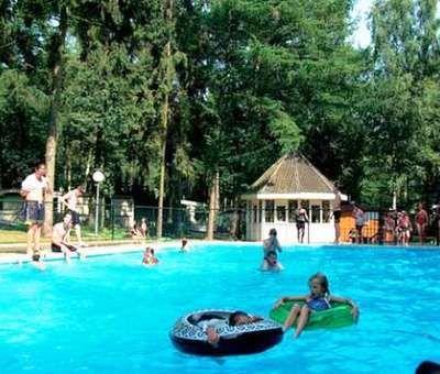 Vakantiewoningen huren in Heel, Limburg, Nederland | bungalow voor 4 personen
