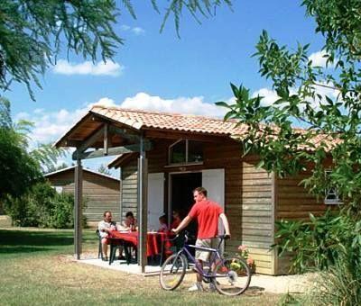 Vakantiewoningen huren in Castelmoron sur Lot, Aquitaine Lot-et-Garonne, Frankrijk | bungalows voor 4 en 6 personen