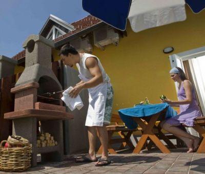 Appartementen en bungalows huren in Catez, Zuid-Oost Slovenie | appartement en bungalow voor 4 a 5 personen