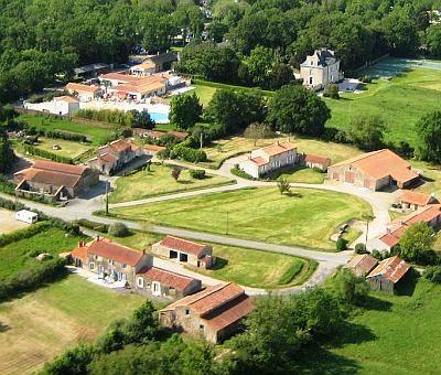 Vakantiewoningen huren in Saint-Julien des Landes, Pays de la Loire Vendee, Frankrijk | vakantiewoning voor 11 personen