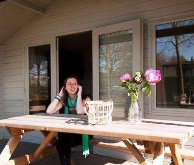 Oostappen Vakantiepark Heelderpeel: Luxe kampeerhuisje 4-personen
