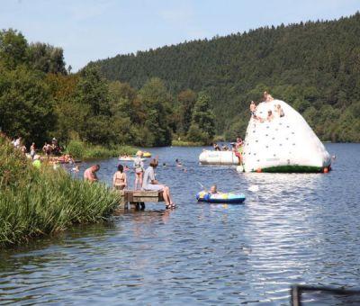 Vakantiewoningen huren in Kronenburg, Eifel, Duitsland | luxe bungalow voor 12 personen