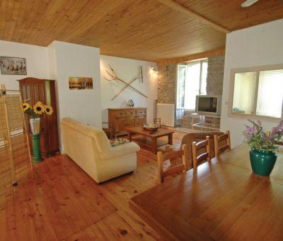 Vakantiewoningen huren in Riom-ès-Montagnes, Auvergne Cantal, Frankrijk | vakantiehuis voor 8 personen