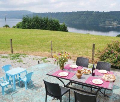 Vakantiewoningen huren in Beaulieu, Auvergne Cantal, Frankrijk   vakantiehuis voor 5 personen