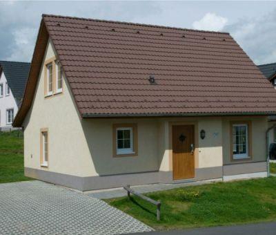 Vakantiewoningen huren in Moselhohe Ediger-Eller (Cochem), Rijnland - Palts Saarland, Duitsland | luxe villa voor 8 personen