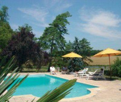 Vakantiewoningen huren in Salles-de-Barbezieux, Poitou-Charentes Charente, Frankrijk | vakantiehuis voor 8 personen