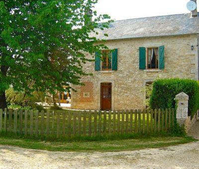 Vakantiewoningen huren in Saint-Maixent-l'École, Poitou-Charentes Deux-Sèvres, Frankrijk | vakantiehuis voor 9 personen
