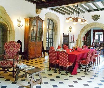 Vakantiewoningen huren in Voutenay-sur-Cure, Bourgondië Yonne, Frankrijk | vakantiehuis voor 15 personen