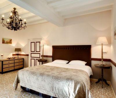 Vakantiewoningen huren in Beaune, Bourgondië Côte-d'Or, Frankrijk | vakantiehuis voor 12 personen