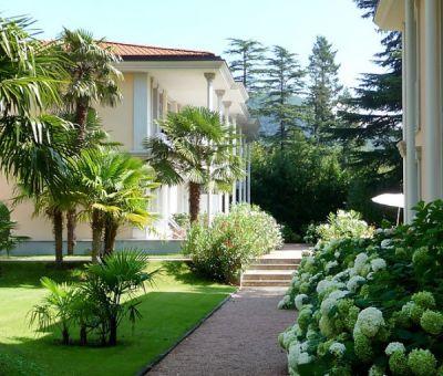 Vakantiewoningen huren in Porto Ceresio Meer van Lugano, Lombardije, Italië   appartement voor 4 personen