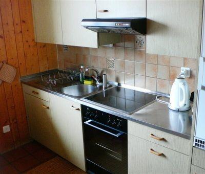 Vakantiewoningen huren in Obersaxen Meierhof, Surselva Oost-Zwitserland, Zwitserland | appartement voor 4 personen