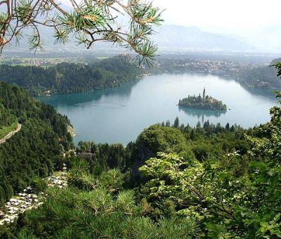 Romantische Wellness hutten en mobilhomes huren aan het meer van Bled, Noordwest Slovenie, Slovenie | romantische plekje voor 2 personen aan het meer van Bled