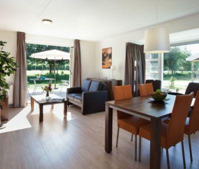 Vakantiewoningen huren in Biddinghuizen, Veluwemeer, Flevoland, Nederland | Villa voor 4 personen