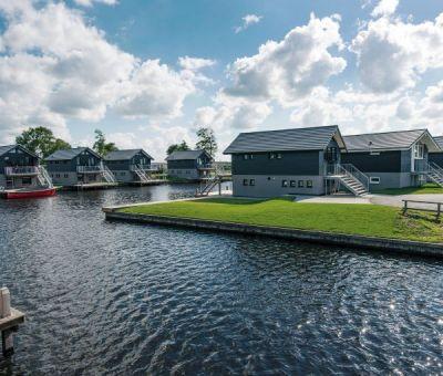 Vakantiewoningen huren in Terherne, Friesland, Nederland | Waterwoning voor 4 personen