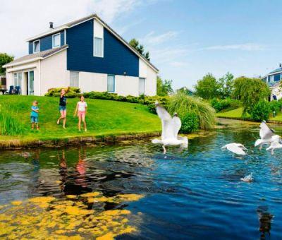 Vakantiewoningen huren in De Koog, Waddeneilanden, Nederland   Luxe Villa voor 8 personen
