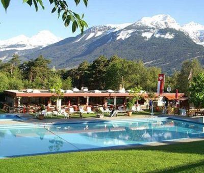 Mobilhomes huren in Susten, Wallis, Zwitserland | mobilhomes voor 7 personen