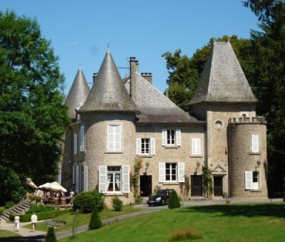 Vakantiewoningen huren in Neuvic, Limousin Correze, Frankrijk | vakantiehuisjes voor 2 - 8 personen
