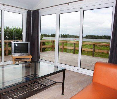 Strandchalets huren in Lauwersoog, Lauwersmeer, Groningen, Nederland | vakantiehuisje voor 5 personen