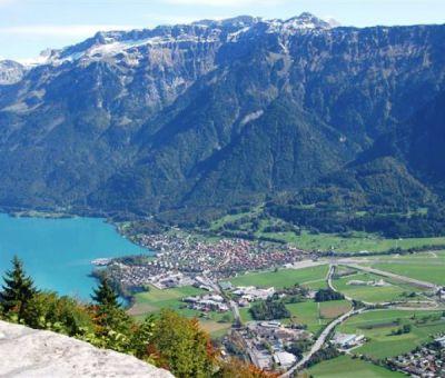Mobilhomes huren in Interlaken, Berner Oberland, Zwitserland | mobilhomes voor 8 personen