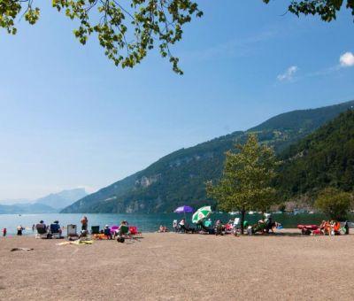 Mobilhomes huren in Interlaken, Berner Oberland, Zwitserland | mobilhomes voor 6 personen