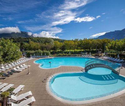 Mobilhomes huren in Caldonazzo, Trentino, Italie | mobilhomes / chalets voor 5 - 6 personen