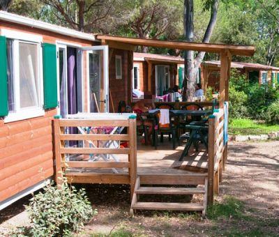 Mobilhomes en bungalows huren in Bari Sardo, Sardinie, Italie   vakantiehuisje voor 6 personen