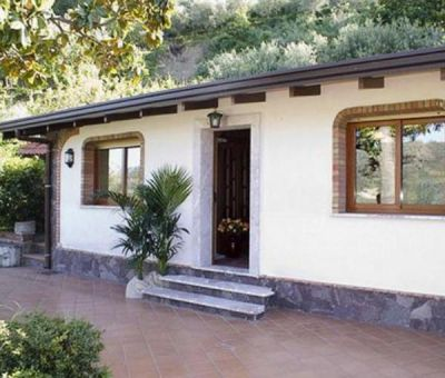 Vakantiewoningen huren in Francavilla di Sicilia, Sicilië, Italie   villa voor 6 personen