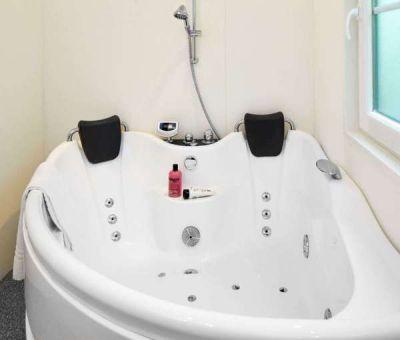 Vakantiehuis Wassenaar: Chalet type Comfort met Jacuzzi 2-personen