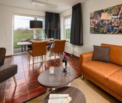 Vakantiewoningen huren in Moselhohe Ediger-Eller (Cochem), Rijnland - Palts Saarland, Duitsland   luxe villa voor 4 personen