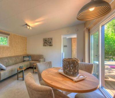 Vakantiewoningen huren in Borger, Drenthe, Nederland | wellness chalet voor 4 personen