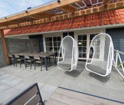 Vakantiewoningen huren in Julianadorp, Noord Holland, Nederland | Luxe villa voor 16 personen