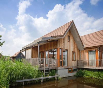 Vakantiehuis Reeuwijk: Waterwoning type Vrijhoef 4C1 4-personen