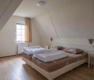 Vakantiehuis Cadzand-Bad: vakantiehuis type CA8G voor 8 personen