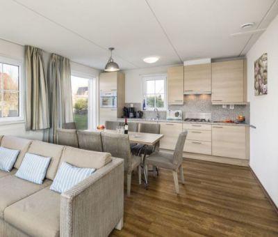 Vakantiehuis Cadzand-Bad: luxe villa type CAL8A voor 8 personen