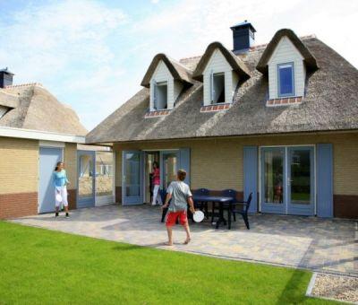 Vakantiewoningen huren in Julianadorp aan Zee, Noord Holland, Nederland | luxe villa voor 6 personen