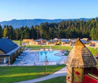 Glamping Chalets huren in Lesce, Bled, Noordwest Slovenie, Slovenie   vakantiehuisje voor maximaal 7 personen