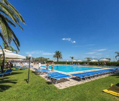 Vakantiewoningen huren in Tarquinia Lido, Lazio, Italie | mobilhome voor 6 personen