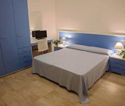 Vakantiewoningen huren in Badolato Marina, Calabrië, Italië   appartement voor 6 personen