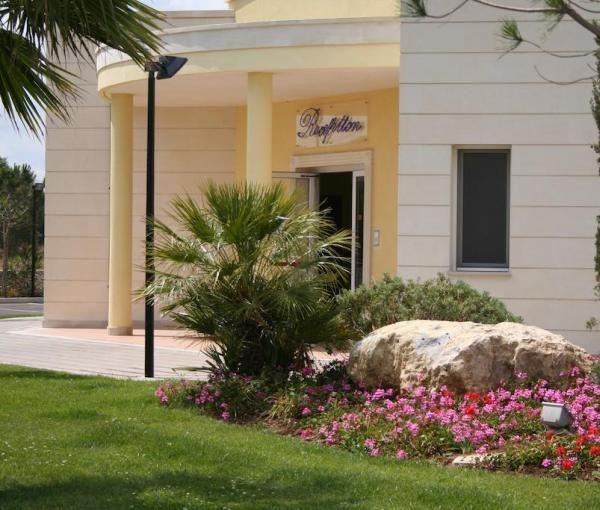 Vakantiewoningen huren in lecce apuli itali appartement voor 5 personen mol travel - Giardini di atena lecce ...