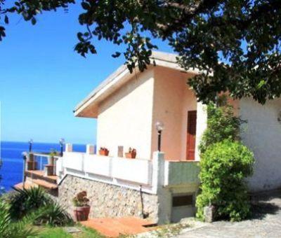 Vakantiewoningen huren in Acquafredda, Maratea, Basilicata, Zuid Italie   vakantiehuis voor 8 personen
