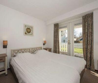 Vakantiehuis Bruinisse: Villa Heerenhuys Comfort 14-personen