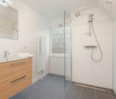 Vakantiehuis Oosterhout: Bungalow type KBL Comfort 6-personen