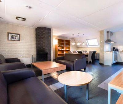 Vakantiehuis Oosterhout: Bungalow type FV12V 12-personen