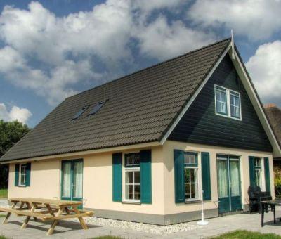 Vakantiewoningen huren in Vlagtwedde, Groningen, Nederland | wellness villa voor 12 personen