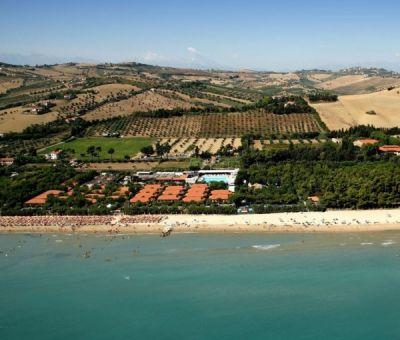 Mobilhomes huren in Roseto degli Abruzzi, Abruzzen, Italie | vakantiehuisje voor 4 personen