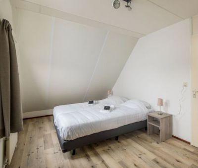 Vakantiehuis Scharendijke: villa met sauna type B8 Comfort voor 8 personen