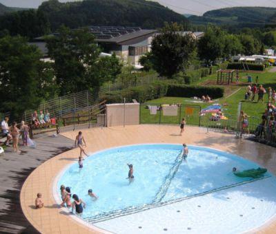 Vakantiehuis Mersch: Stacaravan type 4-personen